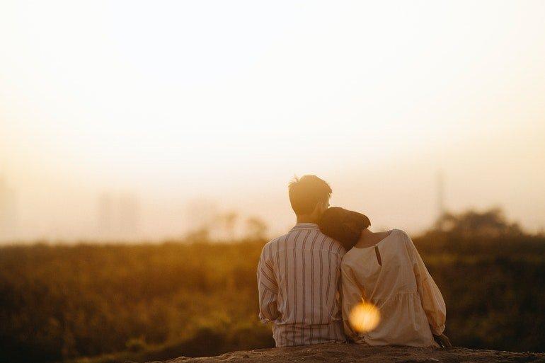 Evlenecek Erkek Nasıl Davranır