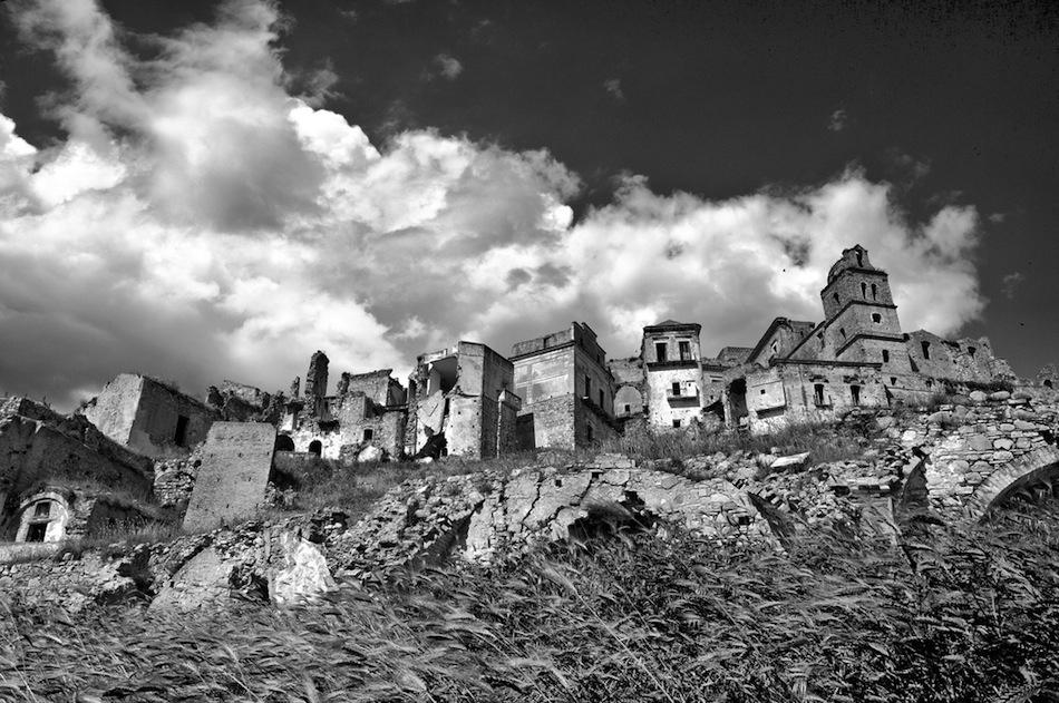 Craco İtalya ıssız şehir fotoğrafları 1