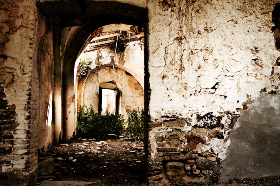 Craco İtalya ıssız şehir fotoğrafları 2