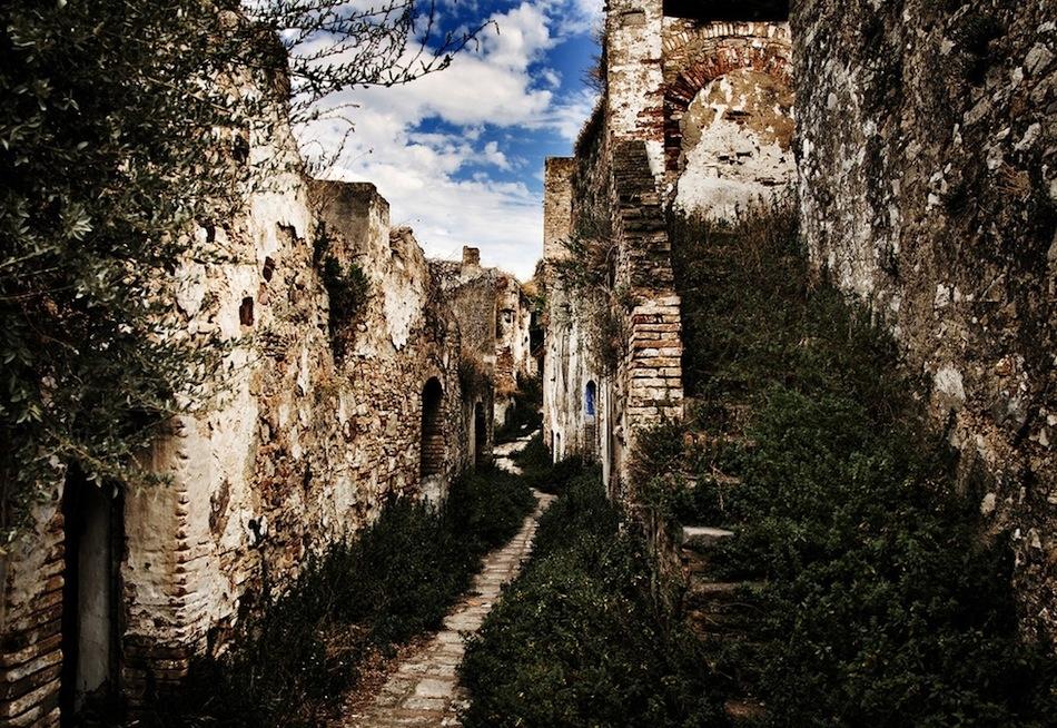 Craco İtalya ıssız şehir fotoğrafları 3