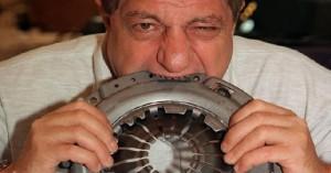 Michel-Lotito-celik-cop-kutusu-mide