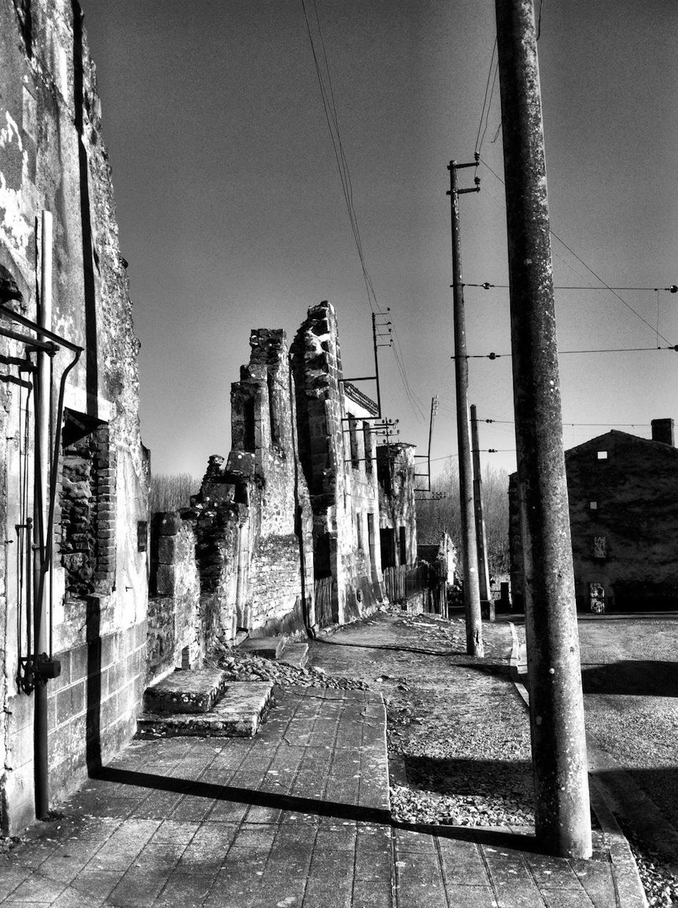 Oradour-sur-Glane Fransa terk edilmiş şehir fotoğrafları 5