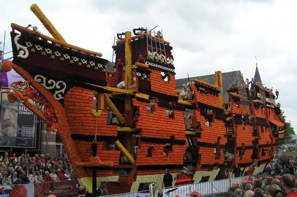 hollanda-dec.cicek-heykelleri-festivali-10
