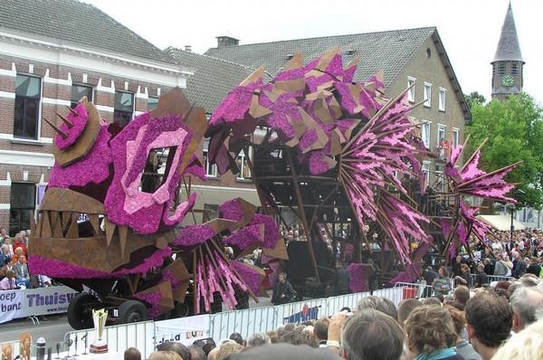 hollanda-dec.cicek-heykelleri-festivali-15