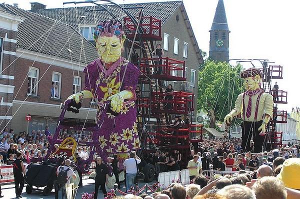 hollanda-dec.cicek-heykelleri-festivali-22