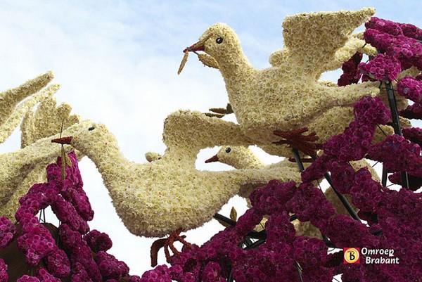 hollanda-dec.cicek-heykelleri-festivali-24