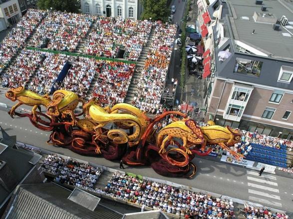 hollanda-dec.cicek-heykelleri-festivali-7
