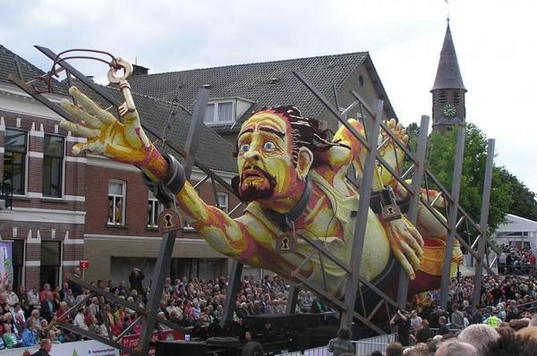 hollanda-dec.cicek-heykelleri-festivali-9