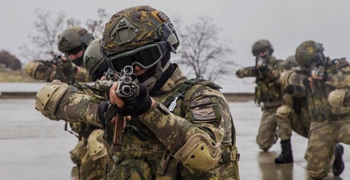 Profesyonel orduya geçişte özel ekipler jöh